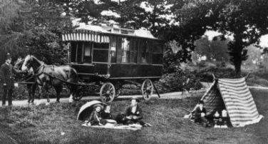 Caravans Go Back Well Into The Last Century Or Even Further If You Consider Purely A House On Wheels Although Travelling Showmen And Later Gypsies Took To